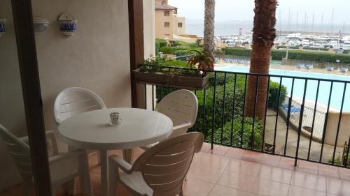 Les Rivages in Pierres & Vacances Vue Mer : Apartment near Six-Fours-les-Plages
