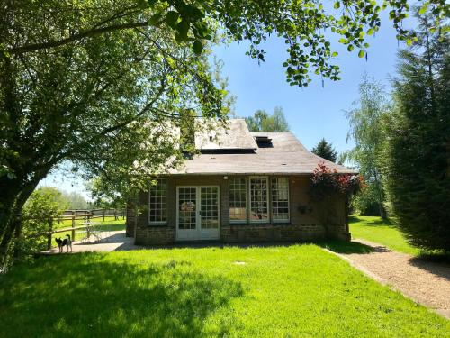La Maison de l'Etang : Guest accommodation near Le Mesnil-Guillaume