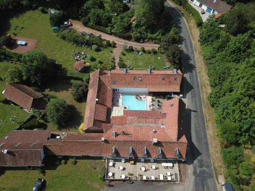 Auberge du Gros Tilleul : Hotel near Buire-le-Sec