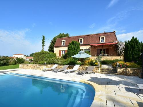 Maison De Vacances - Coux-Et-Bigaroque : Guest accommodation near Marnac