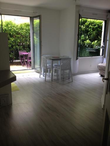 Le Croix Roussien Lyon centre : Apartment near Lyon 9e Arrondissement
