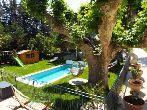 Moulin de Tartay : Guest accommodation near Noves