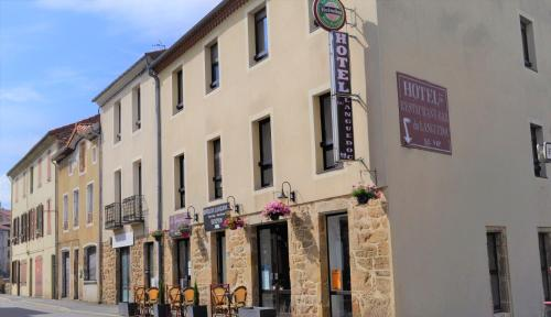 Hotel du Languedoc : Hotel near Saint-Étienne-de-Lugdarès