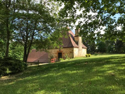 Le Chai-La Benechie : Guest accommodation near Saint-André-d'Allas