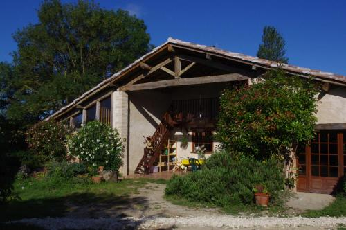 Le Grangé : Hostel near Giscaro