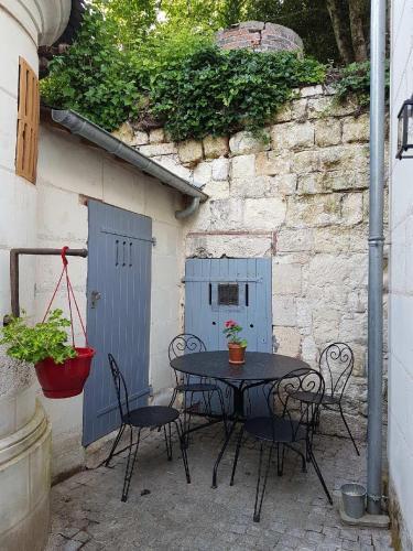 La Tuffeaulière : Guest accommodation near Faverolles