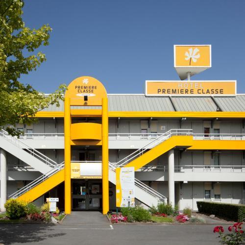 Premiere Classe Lille - Villeneuve d'Ascq - Stade Pierre Mauroy : Hotel near Vendeville