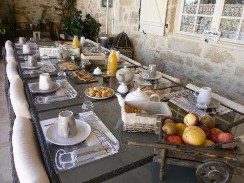 Chambres d'Hôtes Domaine de Beunes : Bed and Breakfast near Lougratte