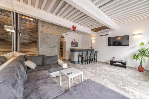 Le Rive Droite - Grand Lyon : Guest accommodation near Curis-au-Mont-d'Or