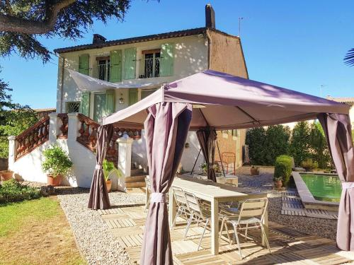 Maison De Vacances - Belarga : Guest accommodation near Plaissan