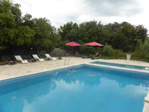 Le Manoir De Flassans : Guest accommodation near Carnoules