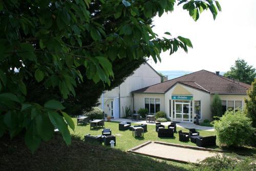Les Orchidées Logis : Hotel near Louvemont-Côte-du-Poivre