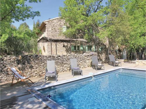Holiday home Quartier les Baquis H-891 : Guest accommodation near Lacoste
