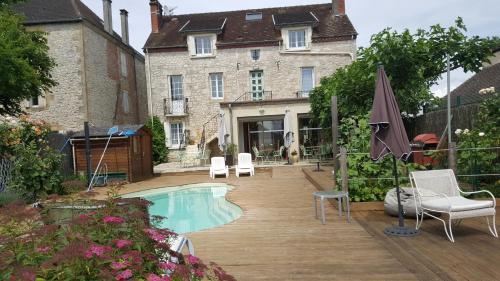 Hôtel du Puy d'Alon : Hotel near Cazoulès