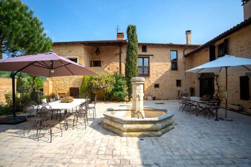 Le Clos des Anges : Bed and Breakfast near Frontenas