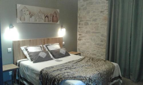 Domaine de Comiac : Bed and Breakfast near Logrian-Florian