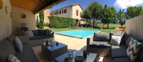 Phoenicia : Guest accommodation near Salles-d'Aude