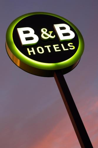 B&B Hotel MARSEILLE La Valentine St Menet : Hotel near Aubagne