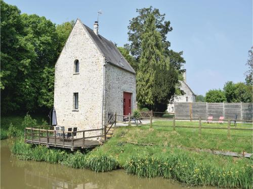 Holiday home Le Château : Guest accommodation near Gonfreville