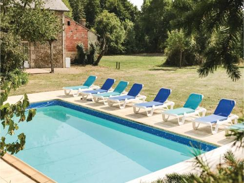 Holiday home St Aubin du Plain IJ-1371 : Guest accommodation near Boismé