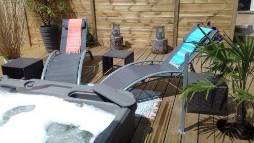 L'Etoile Filante et Constellations : Guest accommodation near Wimille
