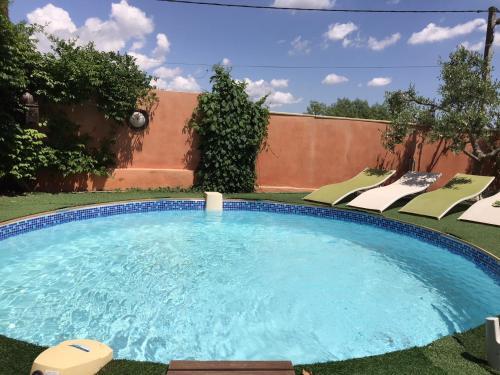 location saisonnière villa avec piscine : Guest accommodation near Cuxac-d'Aude