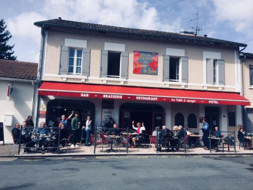 Hotel Du Champ De Foire : Hotel near Saint-Avit