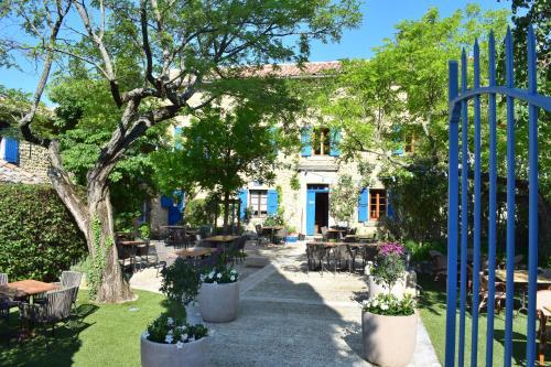 La Bastide Bleue : Guest accommodation near Sablet