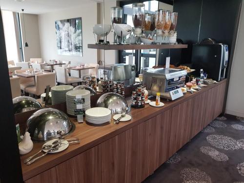 Best Western Plus Metz Technopole : Hotel near Mey
