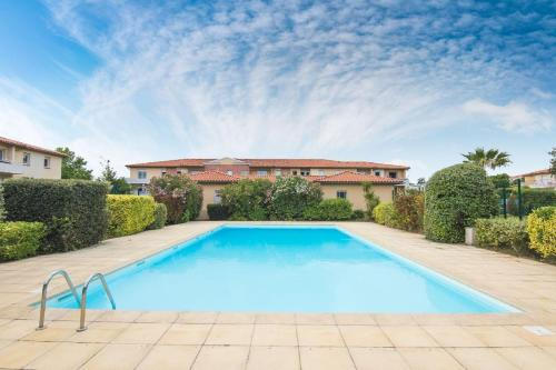 Les Jardins catalans : Apartment near Bages