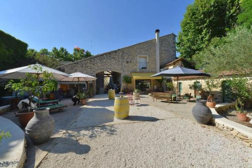 Le Clos des Aramons : Guest accommodation near Bernis