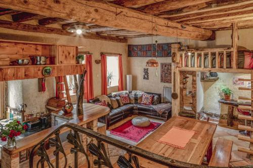 The Dragon Barn : Guest accommodation near Roquefeuil