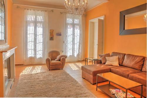 Grand Appartement Haussmannien au Centre de Sète : Apartment near Sète