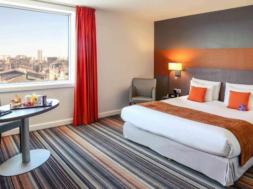 Mercure Bordeaux Cité Mondiale Centre Ville : Hotel near Cenon