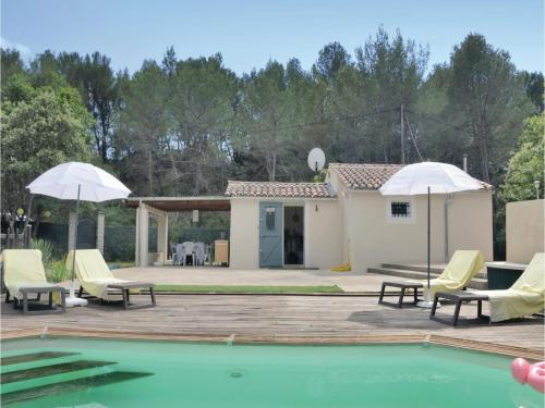 One-Bedroom Holiday Home in Pourcieux : Guest accommodation near Pourcieux
