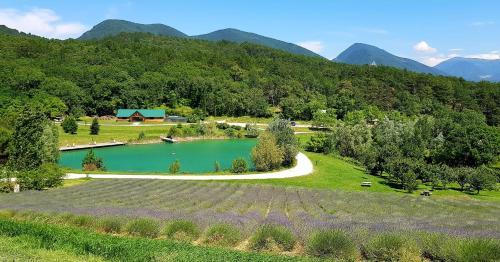 Village Huttopia Dieulefit : Guest accommodation near Dieulefit
