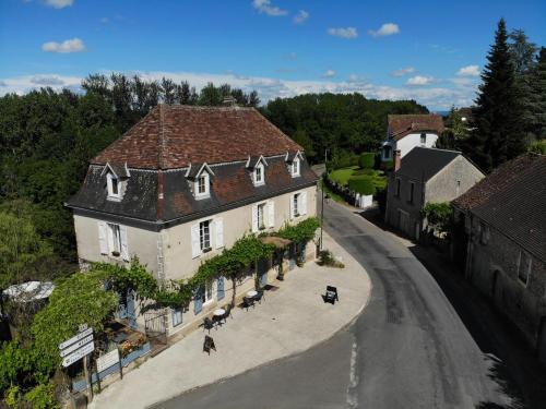 La Petite Auberge : Bed and Breakfast near Miers