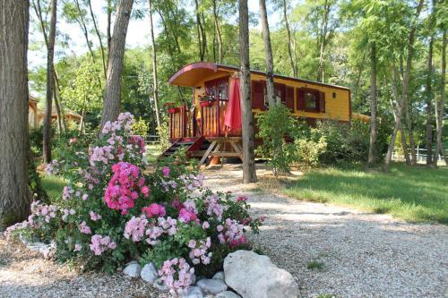 La Fontaine de La Chapiniere B&B : Guest accommodation near Langé