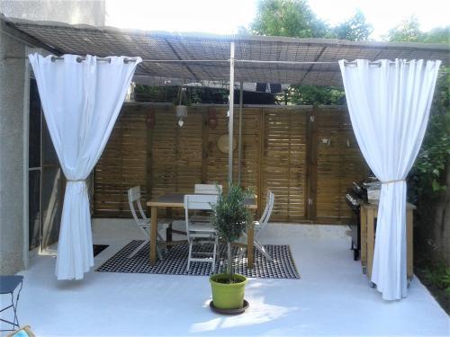 Côté Sud : Guest accommodation near Plan-d'Aups-Sainte-Baume