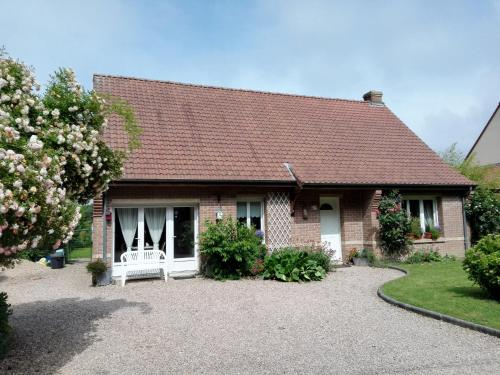 La Mésange Bleue : Bed and Breakfast near Ham-en-Artois
