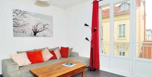 Appart' Bellecombe : Apartment near Villeurbanne