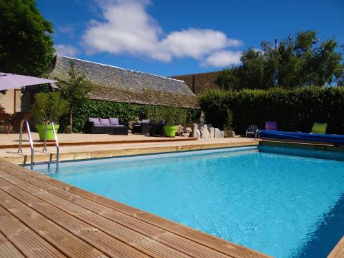 La maison de Gilbert : Guest accommodation near Marchastel