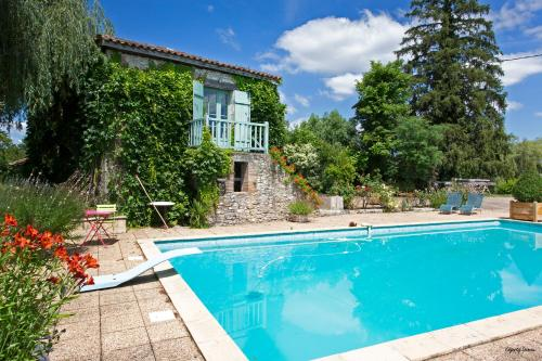 Moulin de Cocussotte : Bed and Breakfast near Castelnau-sur-Gupie
