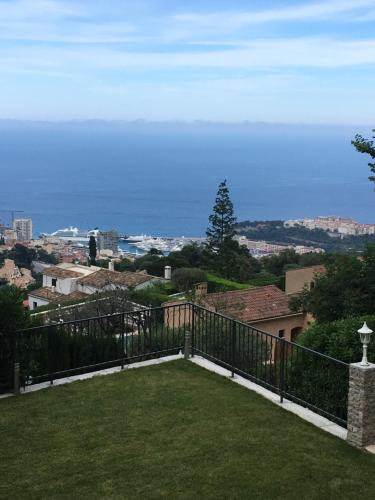 Villa Monte Carlo View : Bed and Breakfast near Blausasc