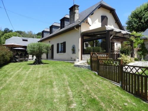 MP Gîtes : Guest accommodation near Ayros-Arbouix