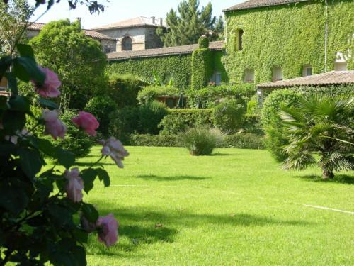 Les Norias : Hotel near Pommiers