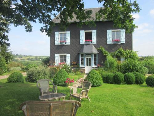 Le Clos Lauradière : Guest accommodation near Glos