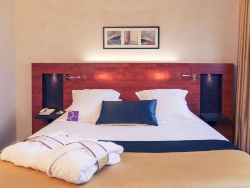 Mercure Maurepas Saint Quentin : Hotel near Élancourt