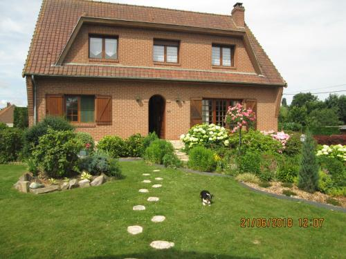 Les Hortensias : Bed and Breakfast near Burbure