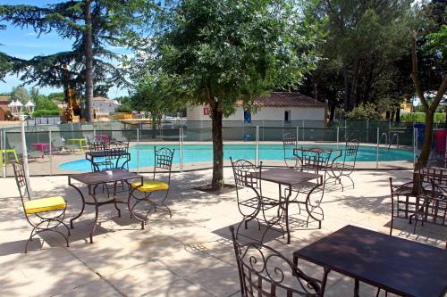 Hotel Restaurant Le Vieux Moulin : Hotel near Pouzols